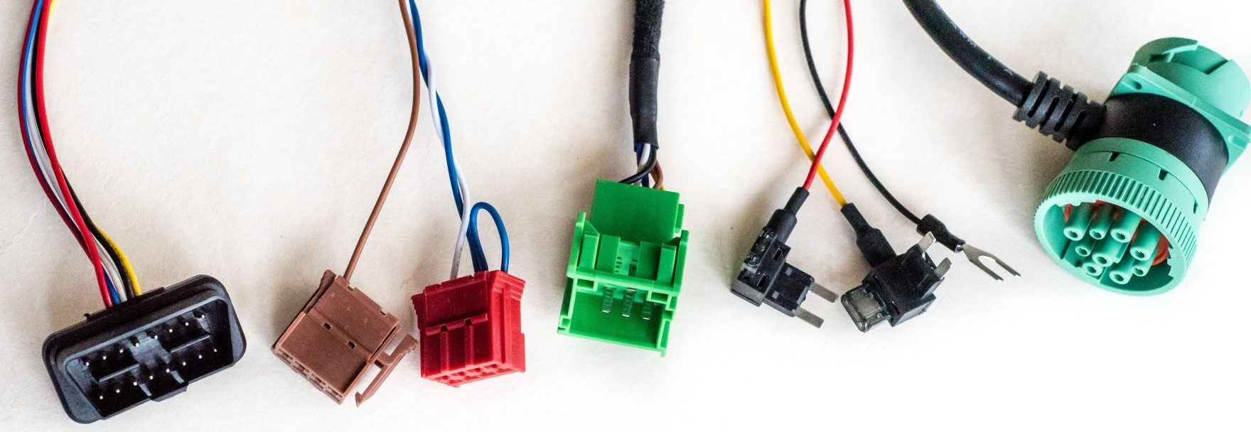 Install Gps Trackers Up To 50 Faster With Installation Harnesses Electrical Wiring Connector Types